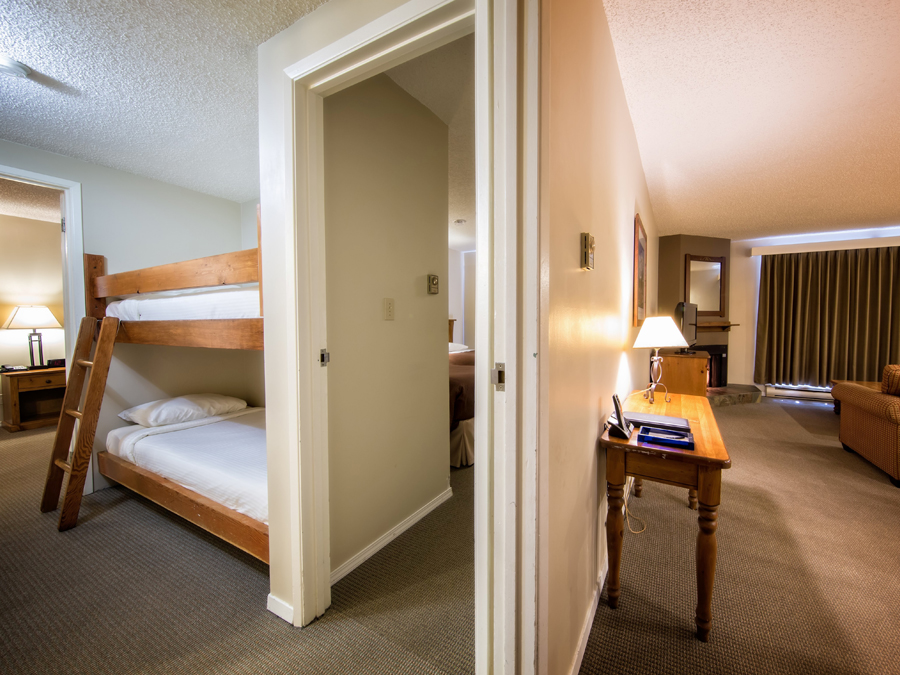 Tantalus Whistler Lodge Bunk Bed Suite